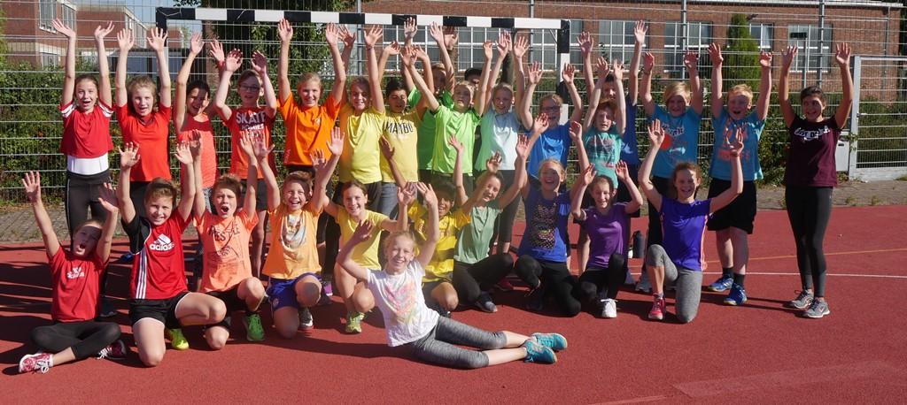 Bundesjugendspiele am Emsland-Gymnasium: gut 300 Schülerinnen und Schüler geben alles