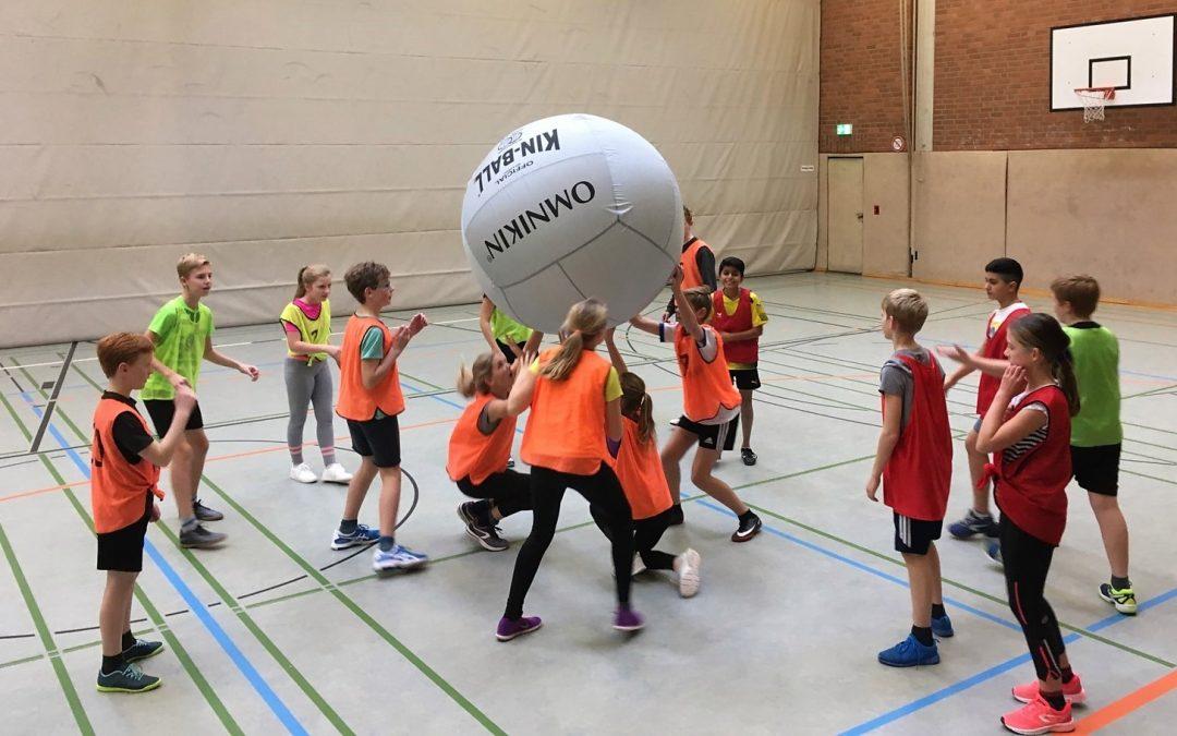 KIN-BALL – neue Sportart aus Kanada jetzt am Emsland-Gymnasium