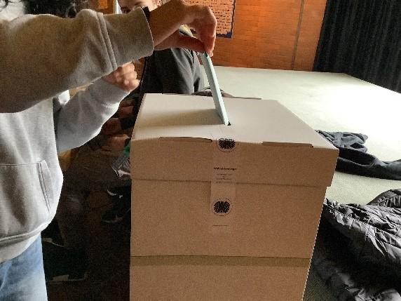 """""""Nicht warten, sondern wählen"""" – Juniorwahl 2021 am Emsland-Gymnasium"""